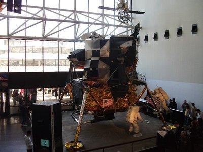 space_lunar_lander.jpg