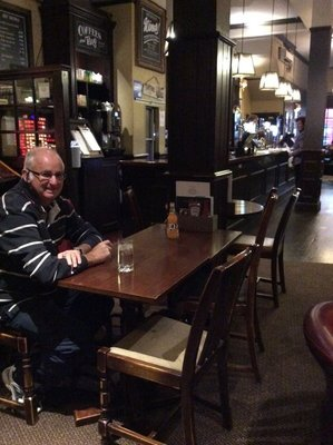 Back at The Prince of Wales Pub for dinner in Kensington again tonight