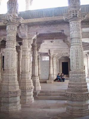 187245-The-Jain-temple-at-Ranakpur-0.jpg