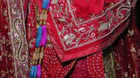 More detail of Rajshri's dress