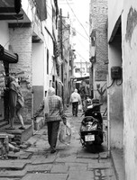 Varanasi_A street scene 3