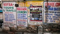 Udaipur_It's always worth stopping to read notices painted on walls
