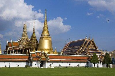 near_the_e..bangkok.jpg
