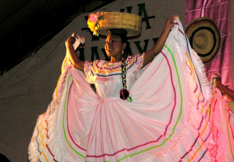 folklore dancer