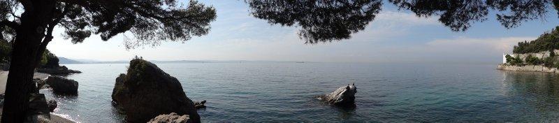 Trieste_-_..-_Zaliv.jpg