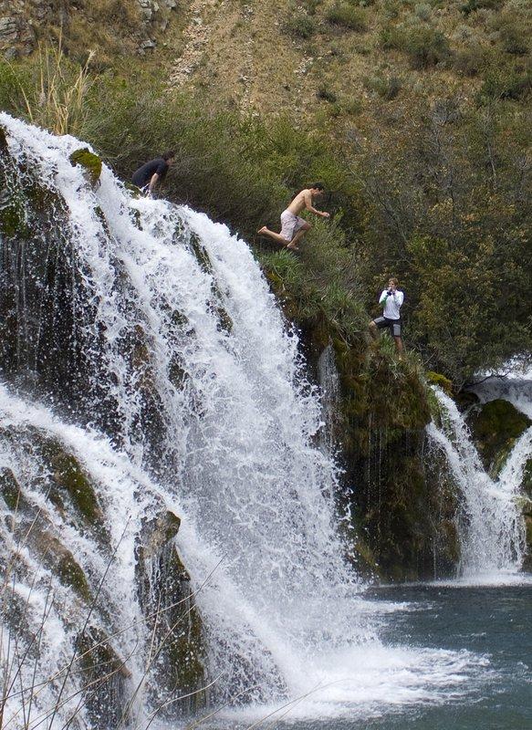 Jumping from Huancaya´s waterfalls
