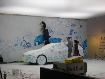 repainting the car every day for some volvo promotion in Zurich Hbf