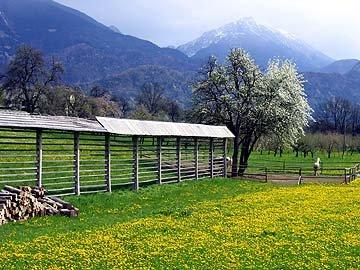 4Sloven_village.jpg