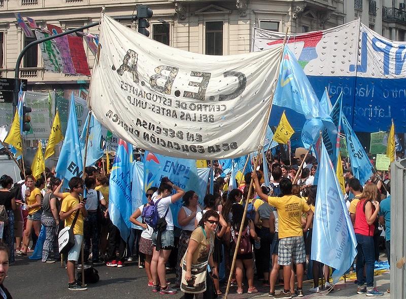 large_Argentina_BAprotestCEBA.jpg