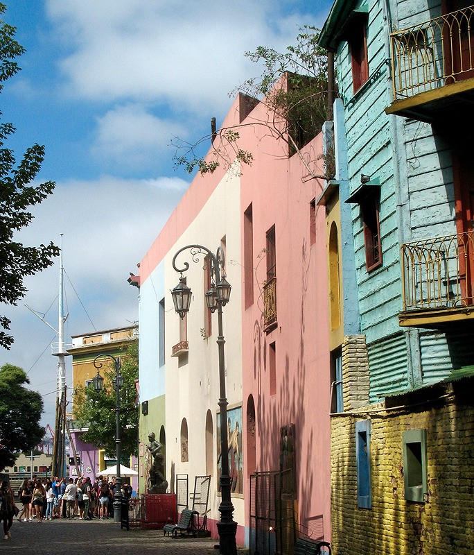large_Argentina_LaBoccaStreet.jpg