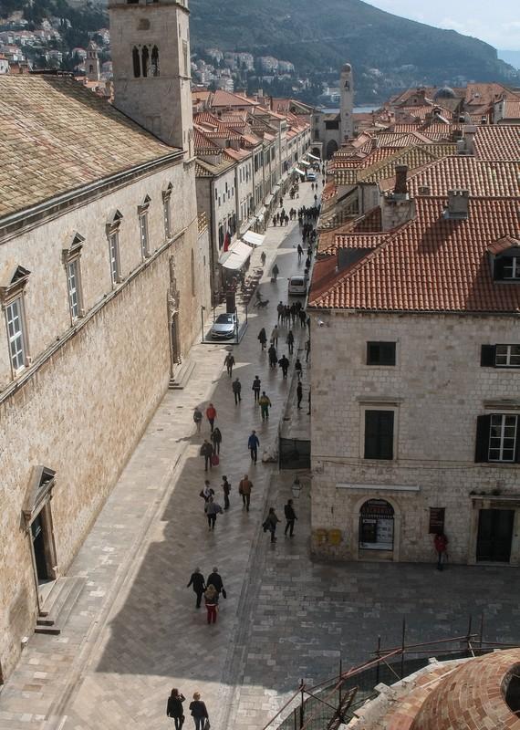 large_Croatia_DubrovStreet.JPG