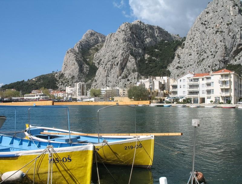 large_Croatia_Yellowboats.JPG