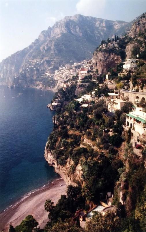 large_Italy02_Amalfi02.JPG