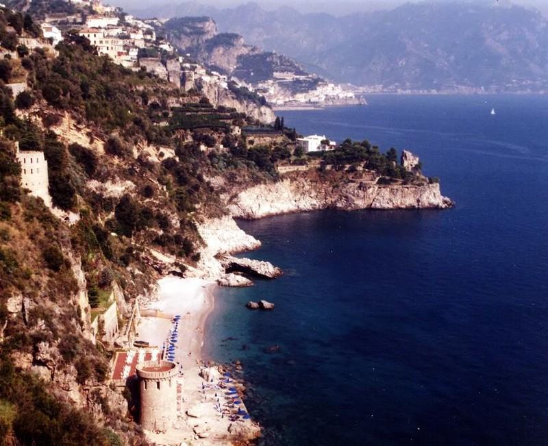 large_Italy02_Amalfi03.JPG