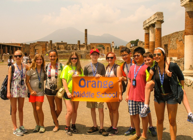 large_ItalyEF_PompeiiBanner.JPG