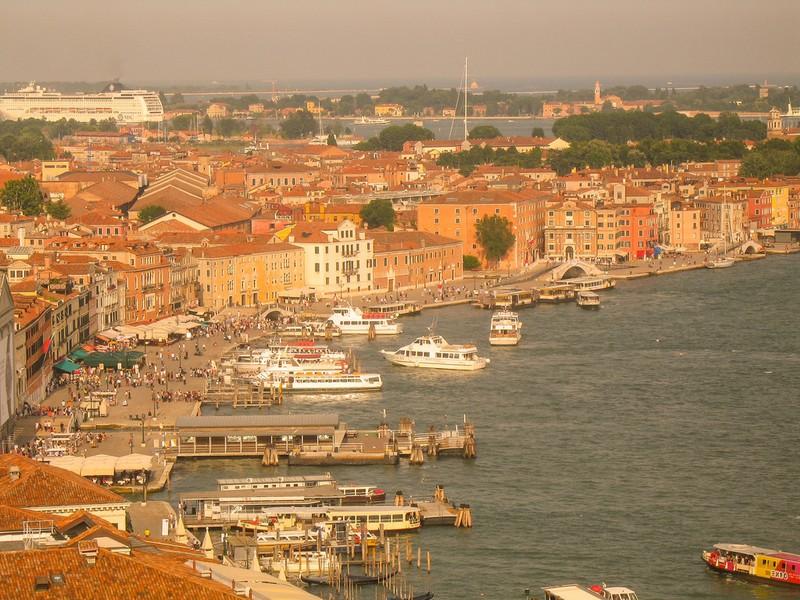 large_ItalyEF_VeniceWaterfront.JPG
