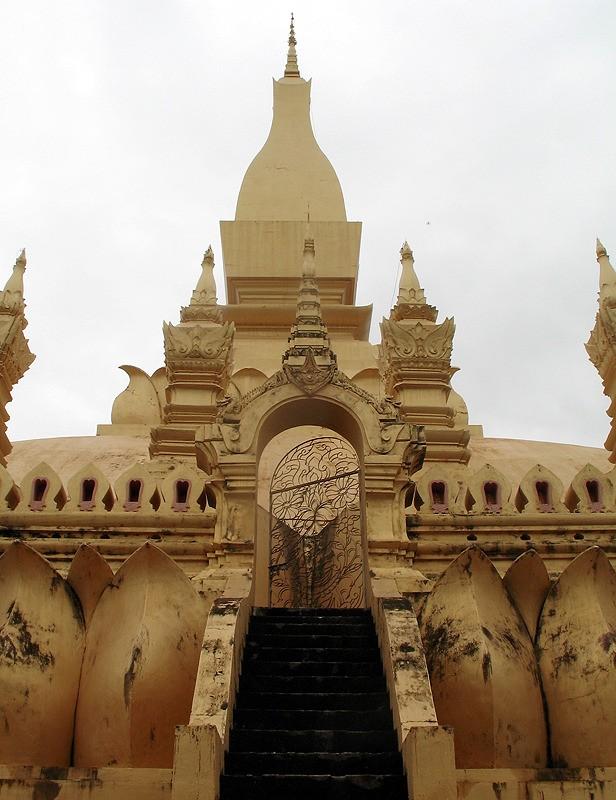 large_Laos_VientianeGoldTemple.jpg