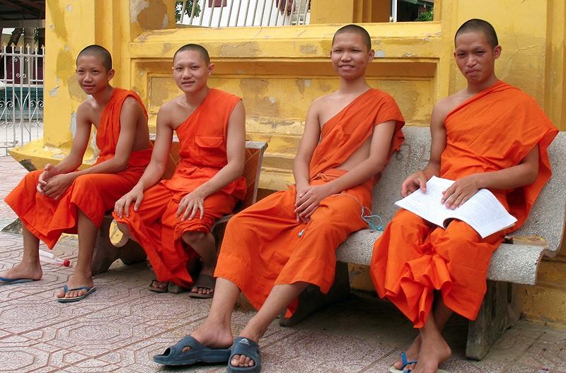 large_Laos_VientianeMonks.jpg