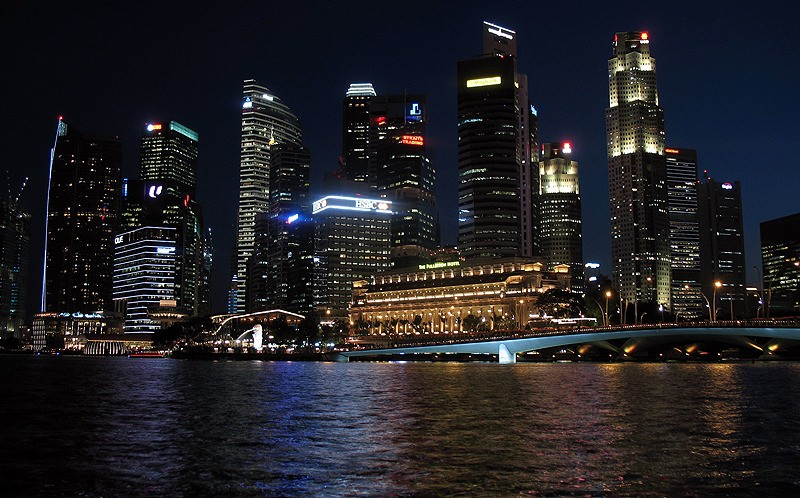 large_Singapore_NightHarbor.jpg
