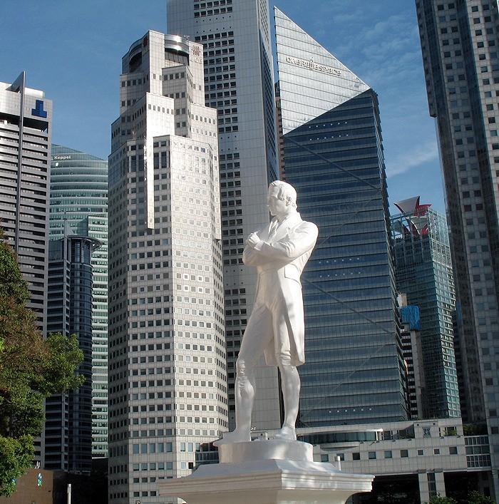 large_Singapore_Statue.jpg