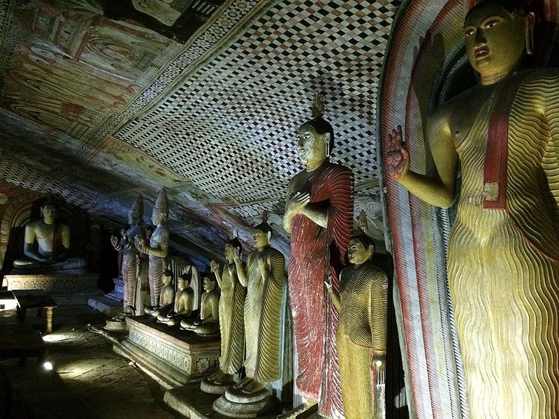 large_SriLanka_CavesLineStatues.jpg
