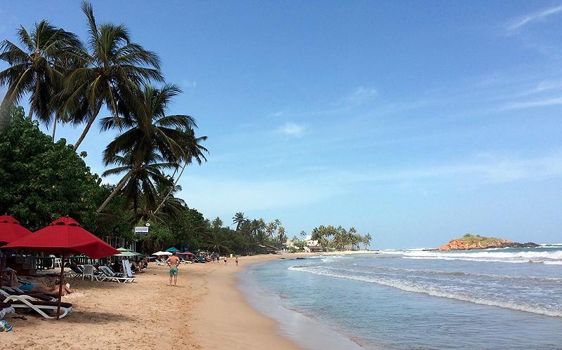 large_SriLanka_GalleBeach.jpg