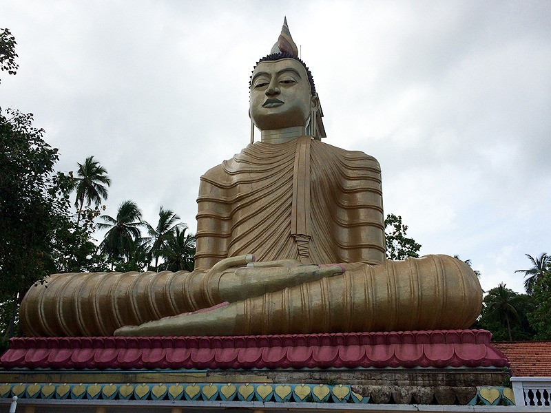 large_SriLanka_GalleGiantBuddha.jpg