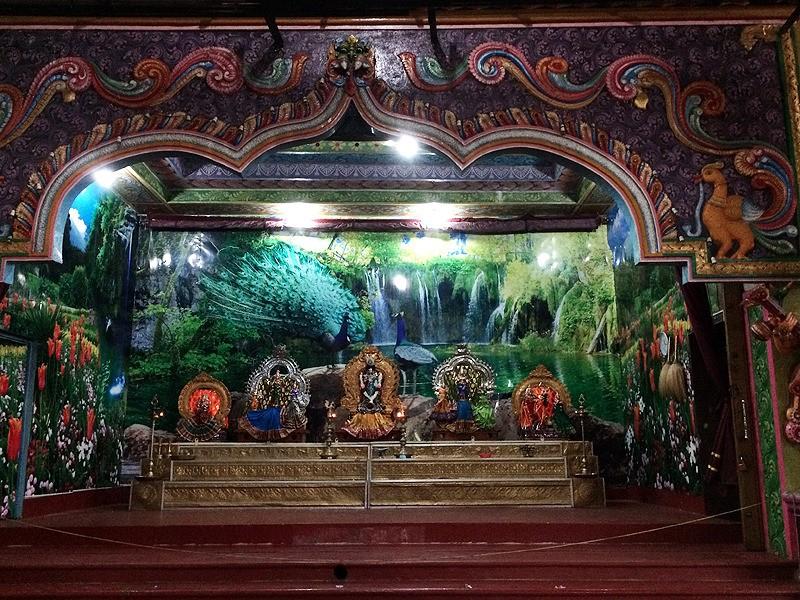 large_SriLanka_HinduAltar.jpg