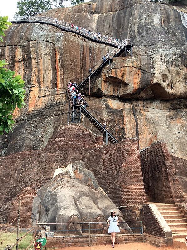 large_SriLanka_SigiriyaStairs.jpg