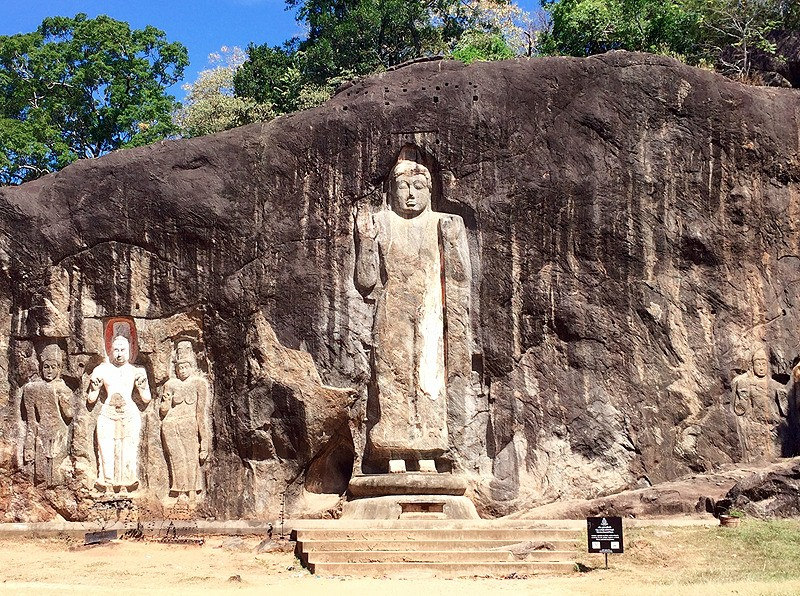 large_SriLanka_TeaCountryStandBuddha.jpg
