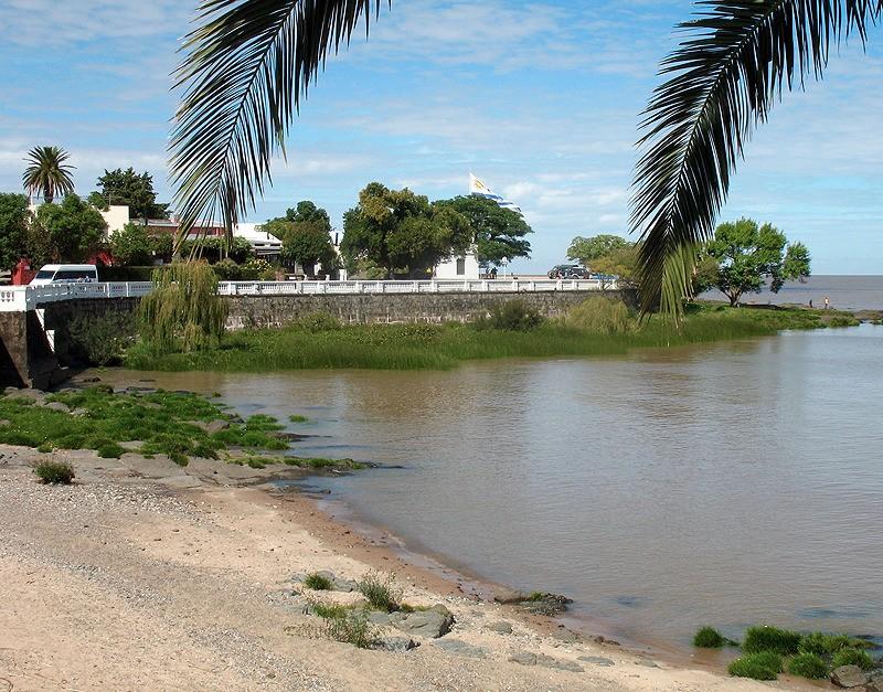 large_Uruguay_Beach.jpg