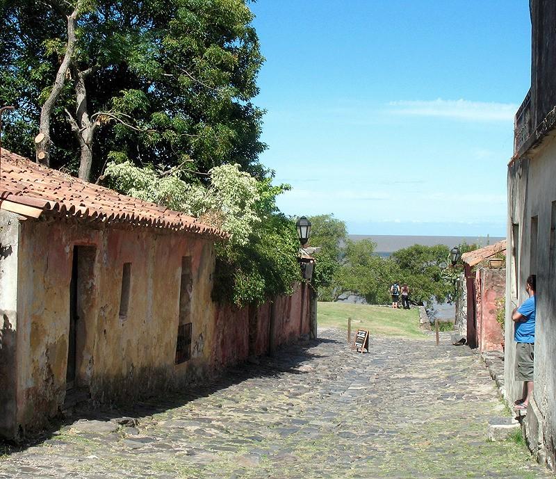 large_Uruguay_RusticLane.jpg