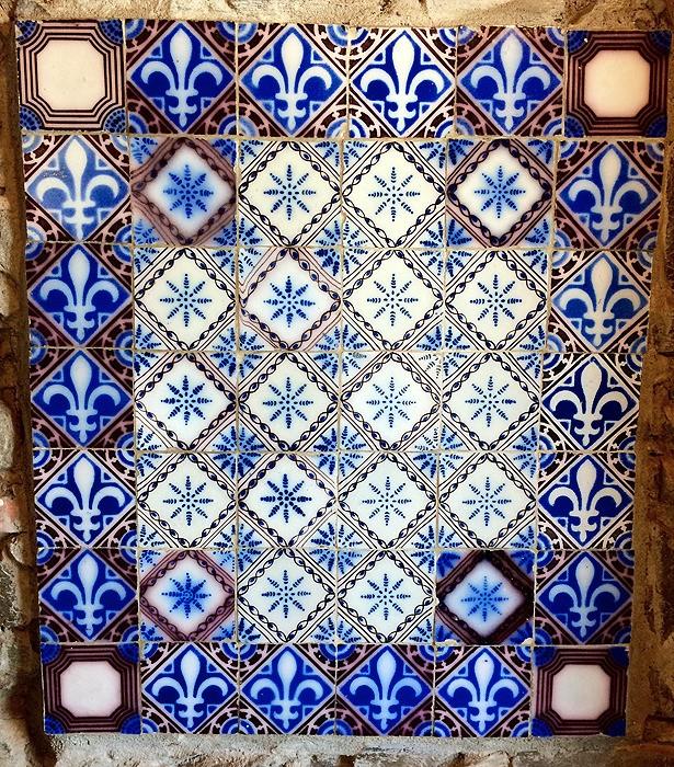 large_Uruguay_Tiles.jpg