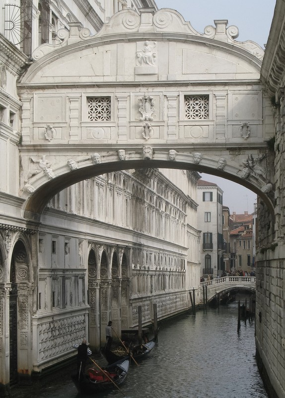 large_Venice_BridgeSighs.JPG