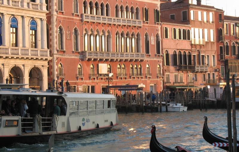 large_Venice_Vaporetto.JPG