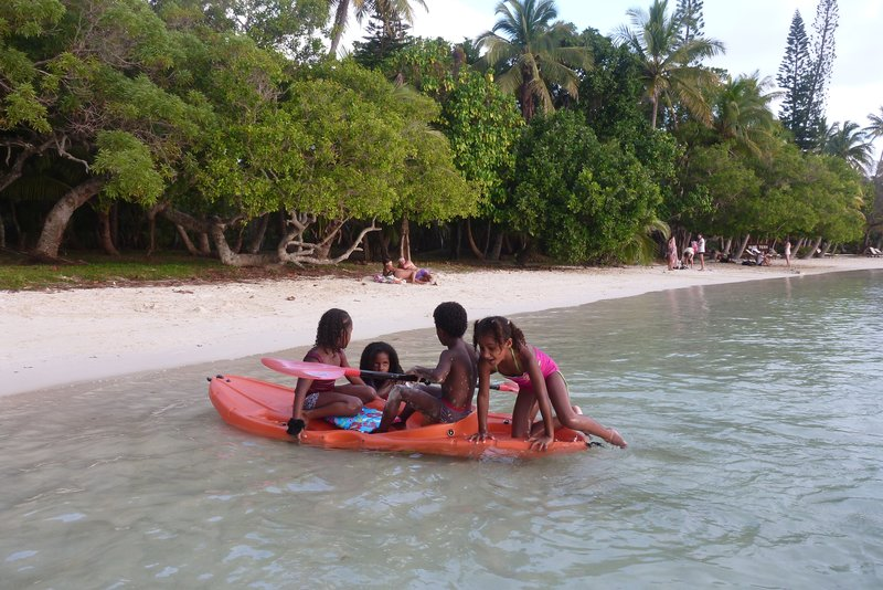 Kids in Kanumera Bay