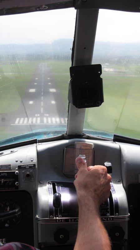 """""""Landing"""" in land for seaplane"""