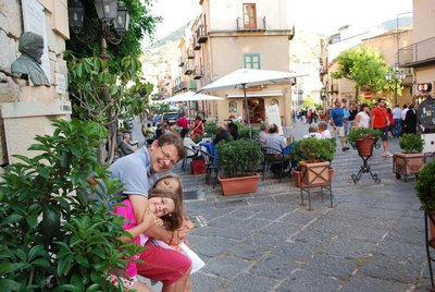 Piazza Garibaldi humming at aperitivi time