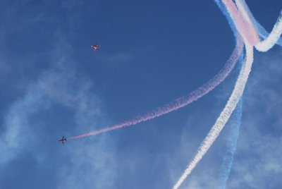 redarrows3.jpg