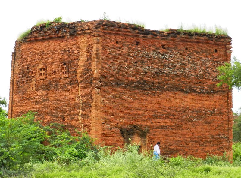 large_brick.jpg