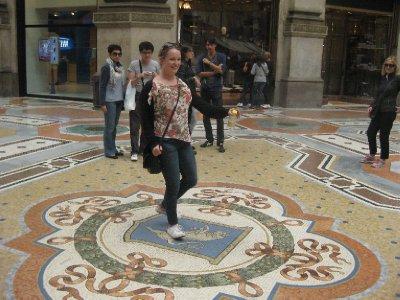 Katie spinning on Milans lucky bull balls