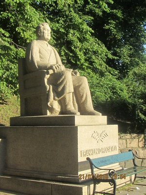 Statue of Franklin D Roosevelt in Oslo