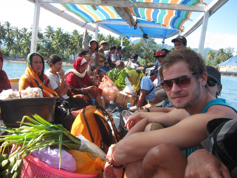 Getting To the Gilis, Local Style