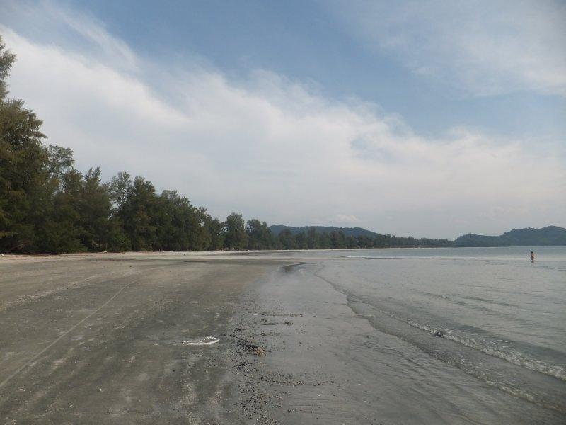 Ao Yai beach on Ko Phyam