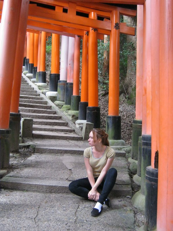 fushimi inari torii tunnel