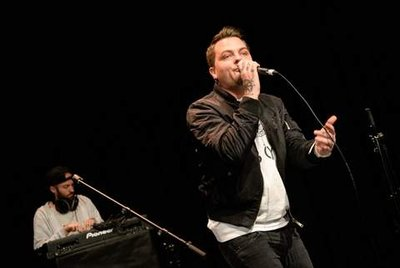 Rappa gratis: Sirius, rap-artisten frå Larvik stilte også opp gratis.