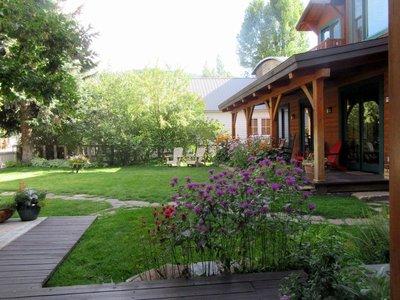 Garden of the Alpine Lodge