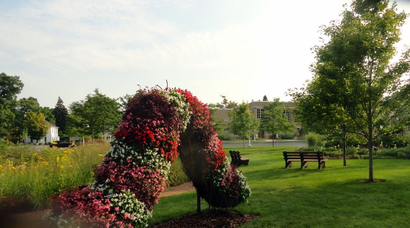 Charlevioux Library Garden