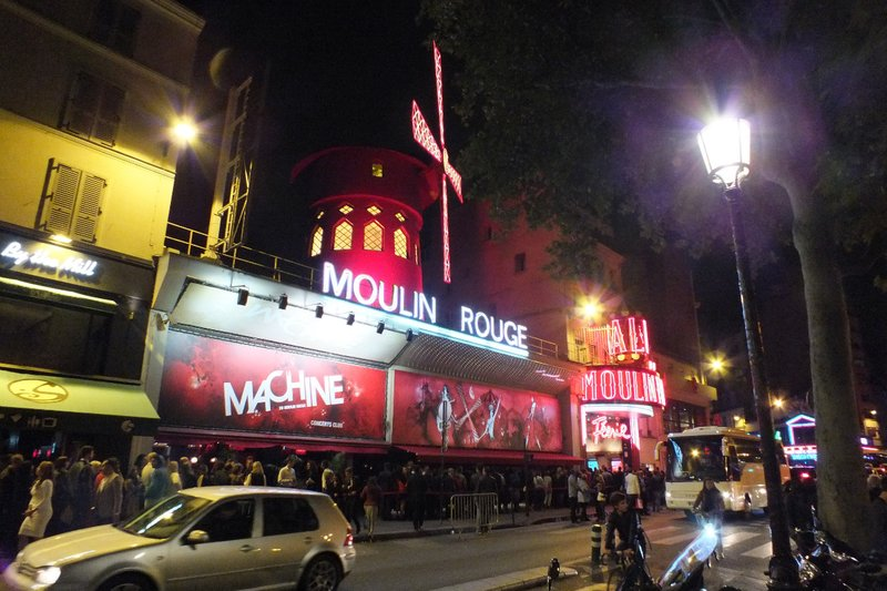 Moulin Rouge at night