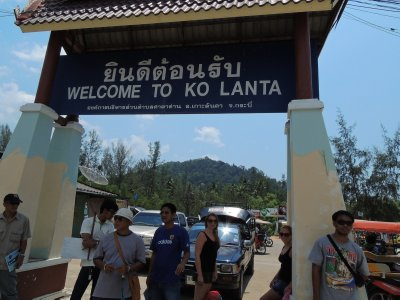Arriving on Koh Lanta!